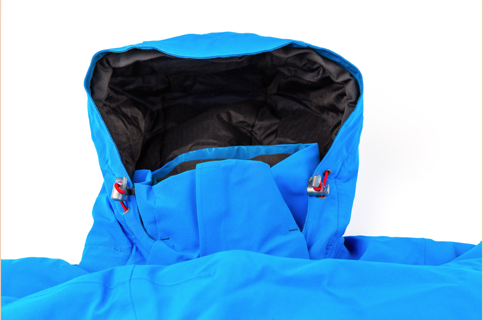 aae0b23c87a9 Ako si vybrať outdoorovú zimnú bundu  - Voyage Magazín