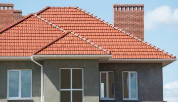 Bojujete s hniezdami nad vašimi oknami? Poznáme rýchle, účinné a trvalé riešenie